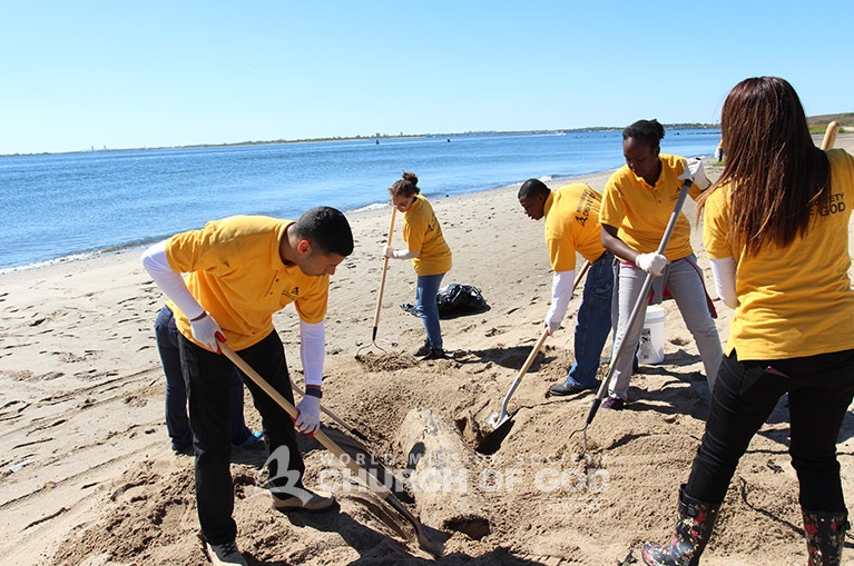 world mission society church of god in queens, long island, wmscog, howard beach environmental cleanup, east coast volunteer service day 2016