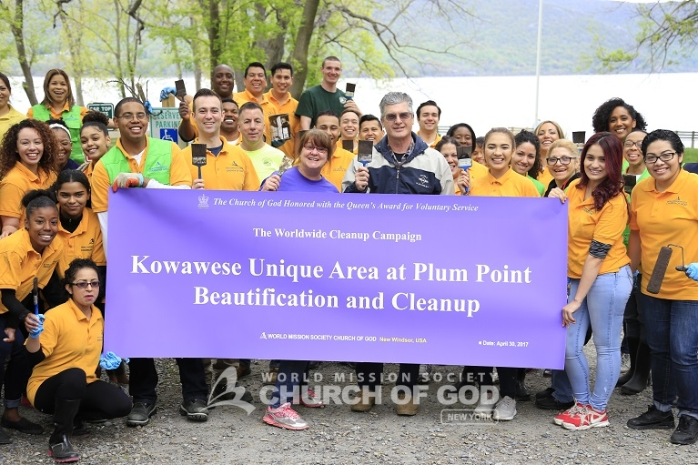 World Mission Society Church of God, Legislator, Christopher Eachus, Orange County, New Windsor, NY, New York, Plum Point Park, Hudson River, Environment, Cleanup, Beautification, Volunteerism, Volunteer