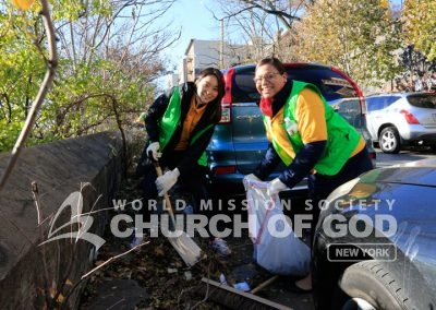 World Mission Society Church of God, wmscog, Mother's Street, cleanup, movement, mother, campaign, trash, garbage, leaves, volunteers, volunteerism, unity, global, world, new york, the bronx, albany, middletown, buffalo, rochester, christian
