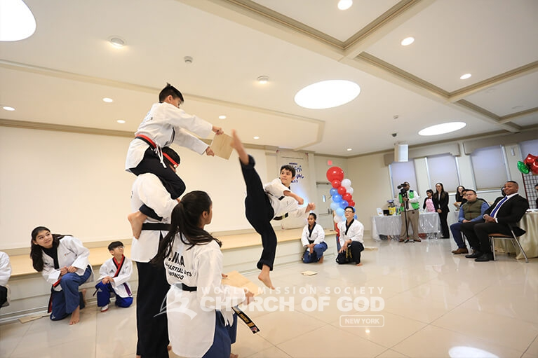 UMA Taekwondo showing off their board breaking skills.